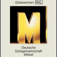 Goldenes M der RAL Gütegemeinschaft für Möbel